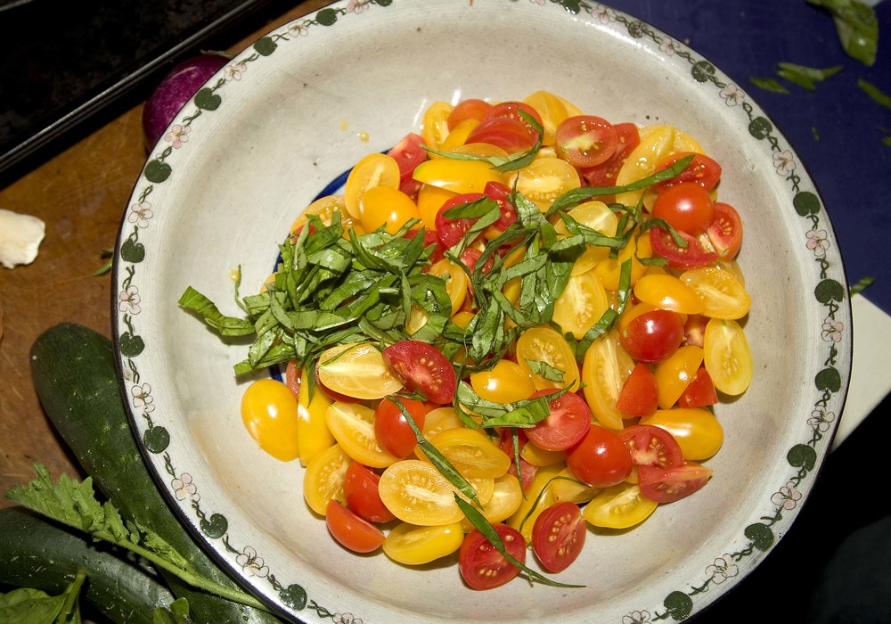 tomatoes and basil.jpg