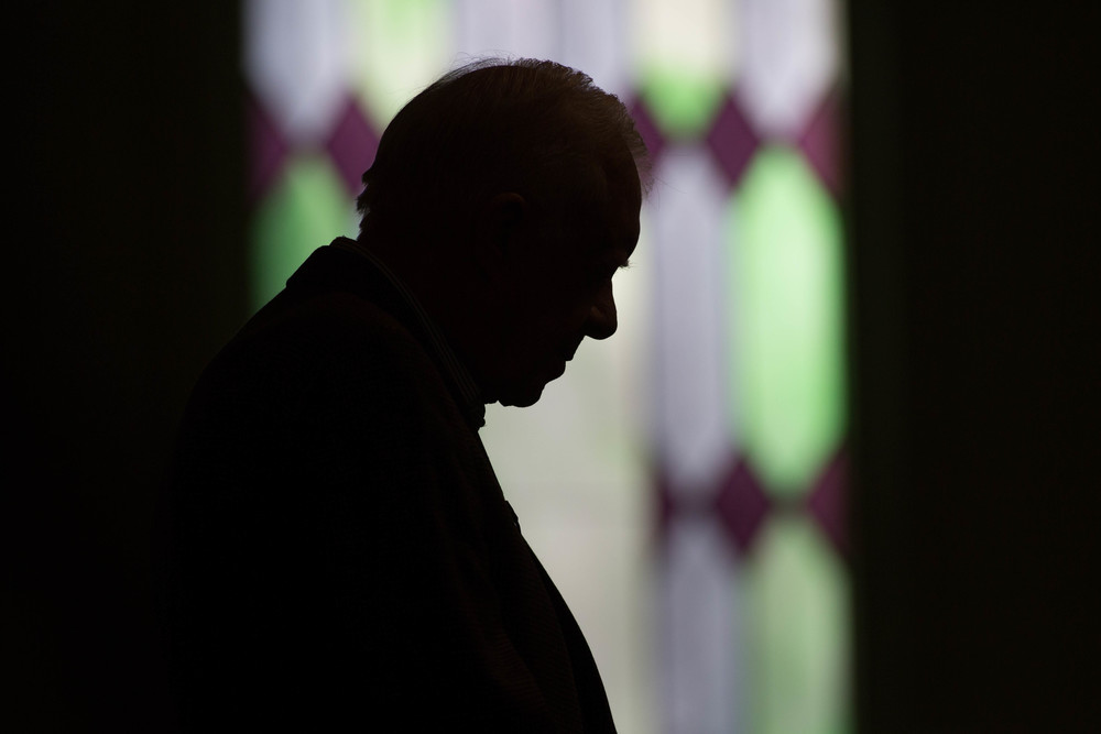 "Former President Jimmy Carter prays during Sunday School class at Maranatha Baptist Church in his hometown, Sunday, Dec. 13, 2015, in Plains, Ga. A recent MRI showing no cancer on Jimmy Carter's brain is ""very positive"" news for the former president but will not end his medical treatment, doctors said. Carter, 91, announced on Dec. 6 that doctors found no evidence of the four lesions discovered on his brain this summer and no signs of new cancer growth. (AP Photo/Branden Camp)"