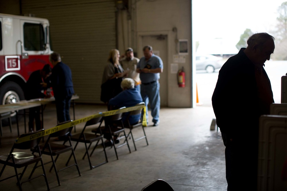 ADAIRSVILLE, GA - MARCH 1, 2016:  A Georgia voter cast his ballot at a fire station on Super Tuesday March 1, 2016, in Adairsville, Georgia. Voters head to the polls to cast their votes on Georgia's presidential primary. (Photo by Branden Camp/Getty Images)