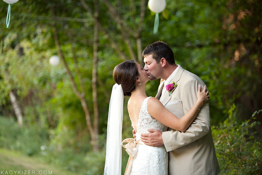 Corvallis Wedding Photographer - Kacy Kizer
