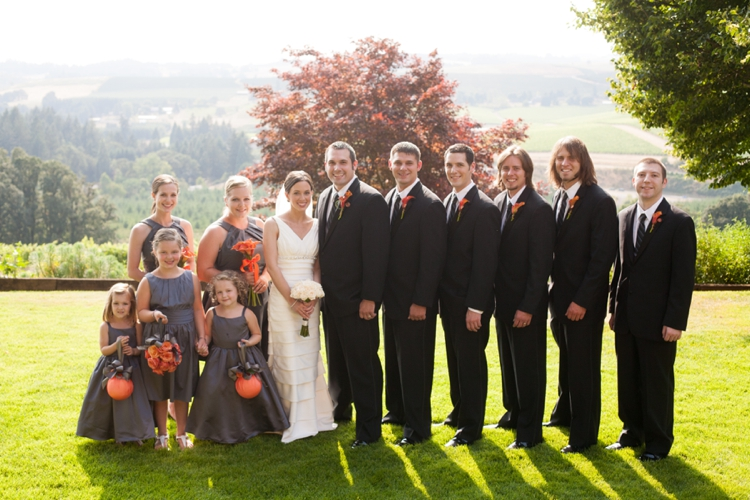 wedding party at willamette valley vineyards in salem, oregon
