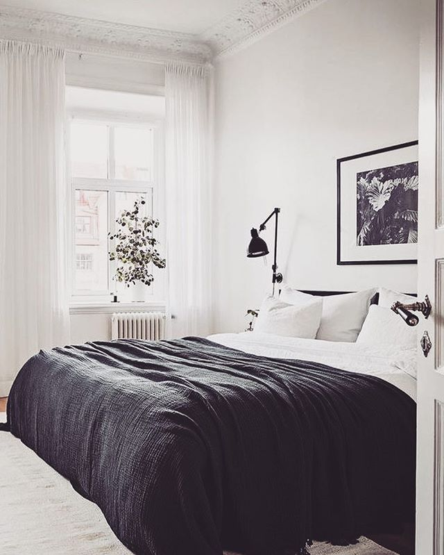 Such a cool #monochrome #bedroom by @99architecture so simple and effective! The perfect statement. #housetohome #homeproject #homerenovation #decor #homedecor #bedroomdecoration #renovationideas #renovationlife