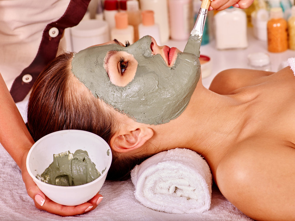This service can be upgraded with a facial mask and extractions for pore cleansing and skin tightening.