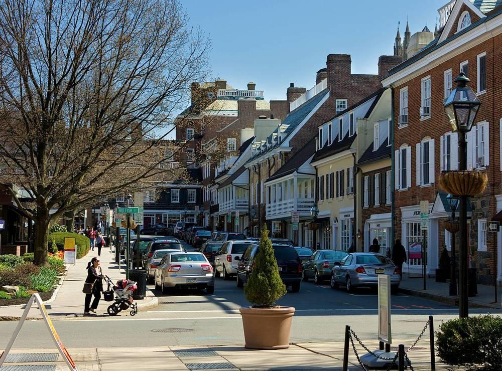 Palmer_Square_in_Princeton.jpg