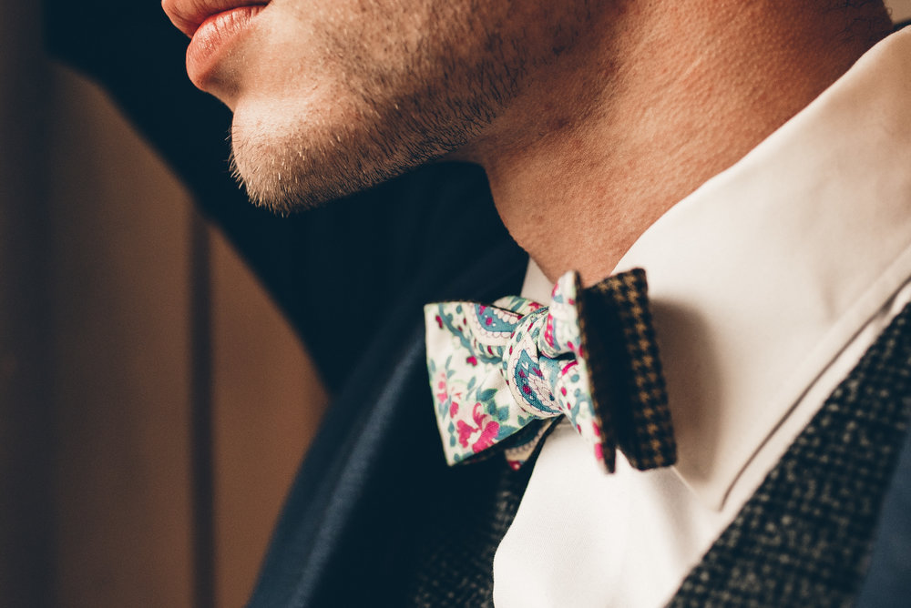 bowtie detail shot with groom