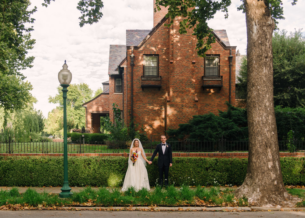 Traditional Elegant Wedding Color Inspiration 21c Museum Hotels-158.jpg
