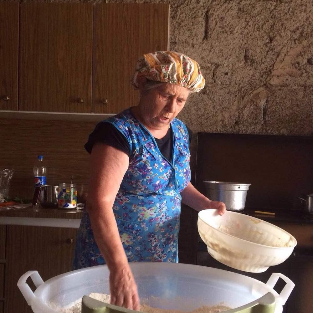 Levito madre, flour & salt to make the dough
