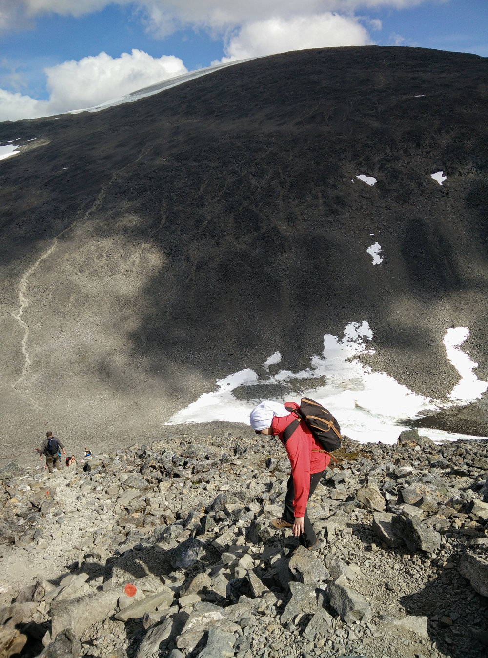 Descending from Vierramvare, Kebnekaise in the background