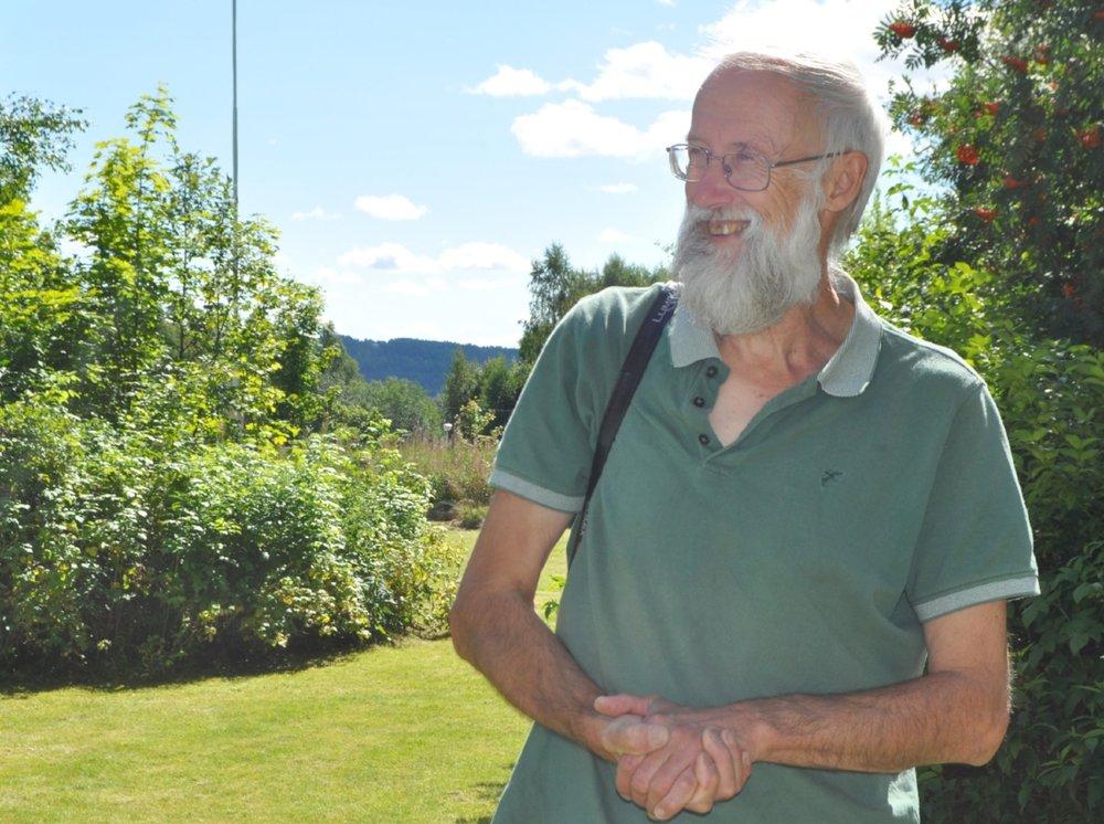 Forelsket:Planteguru Stephen Barstow synes at Hurdal er fortryllende.Tekst og foto: Mari Rosman