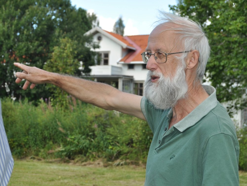 Planer:  Stephen Barstow ser for seg en matskog bakerst i hagen.