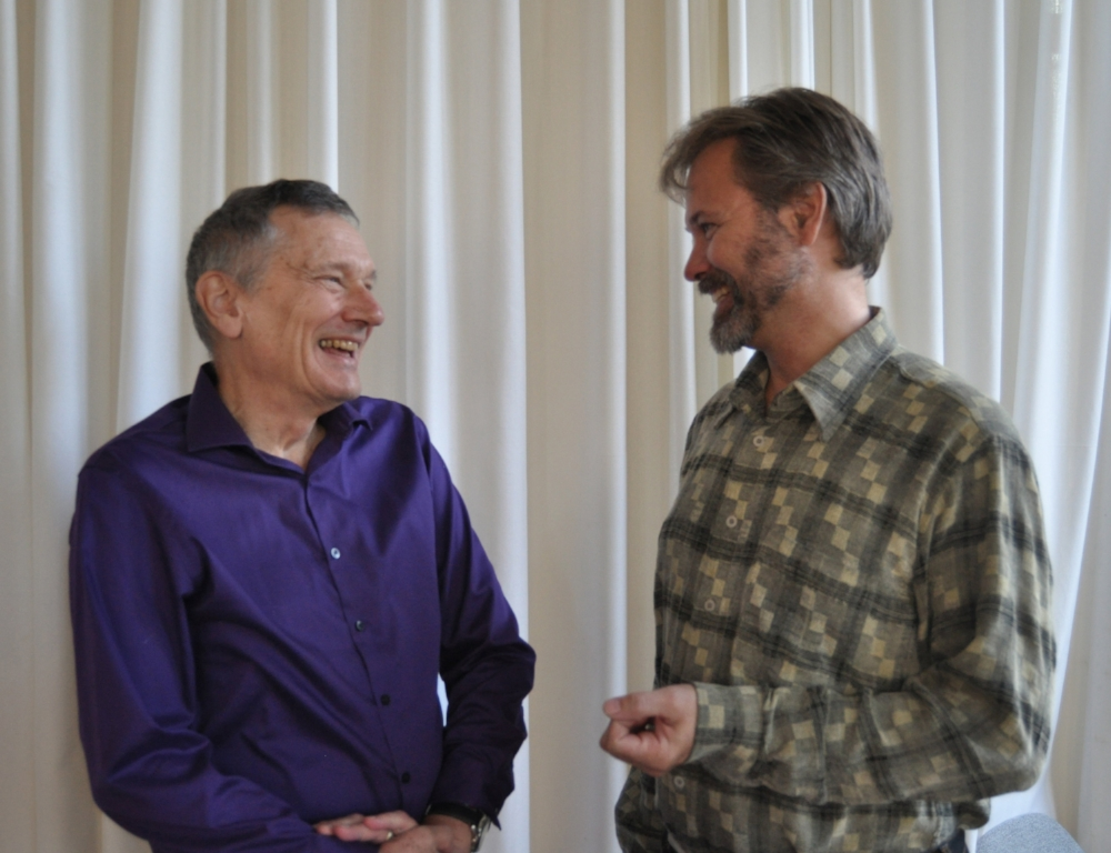 Deler:  Dr. Jack Miller er professor ved universitetet i Toronto og har kommet til Oslo for å møte Øvre Romerike holistiske skoleprosjekt som Patrik Swanstrøm leder.