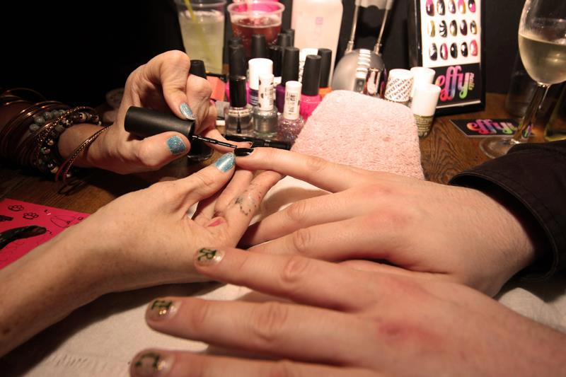 evol midnight mani 2012 1.jpg