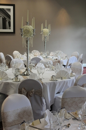 Venue flowers the wedding room nottingham img1140 redg junglespirit Image collections