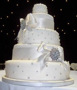 diamante wedding cake the wedding room nottingham