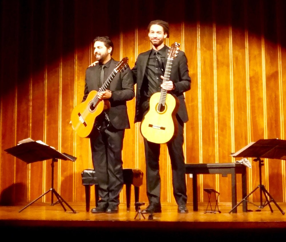 Standing Ovations @ St Louis Classical Guitar Society