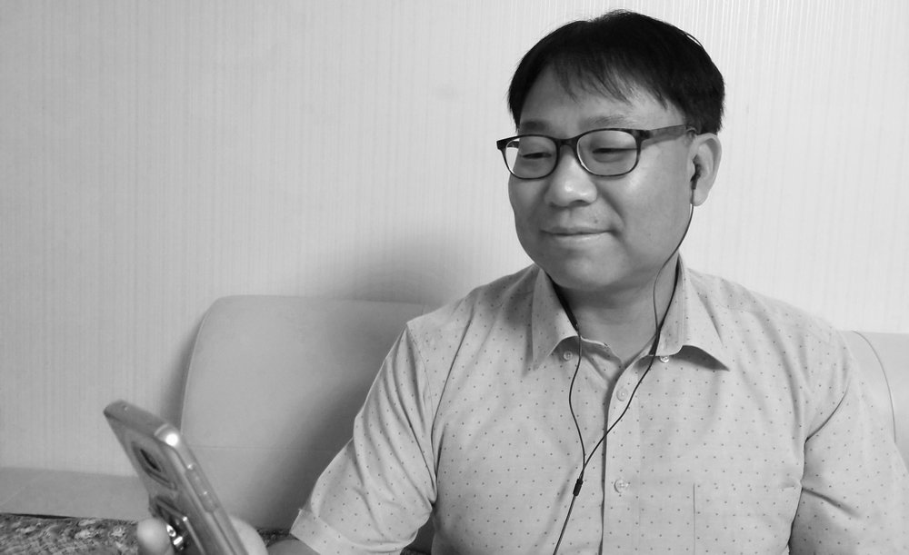Photo_Michael Yeom_1_bw.jpg