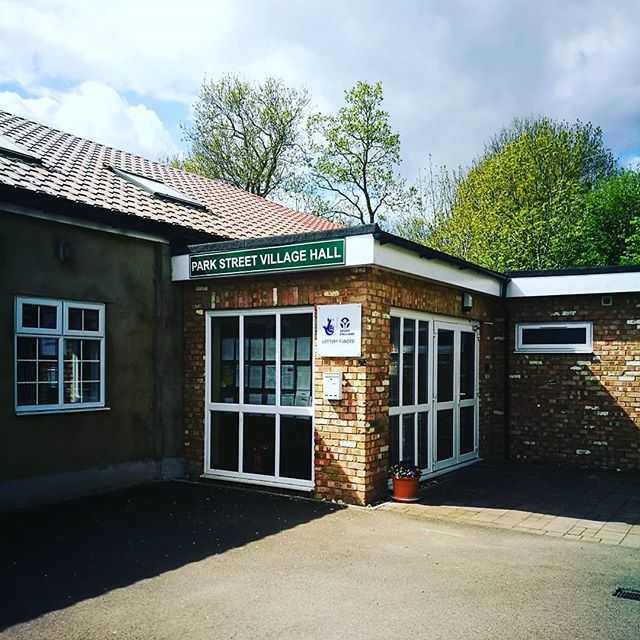 We are now providing services from park street village hall! If you live in/close to park street and can't get into town to see us. Give  Emily a call to find out how we may be able to support you 01727 838671