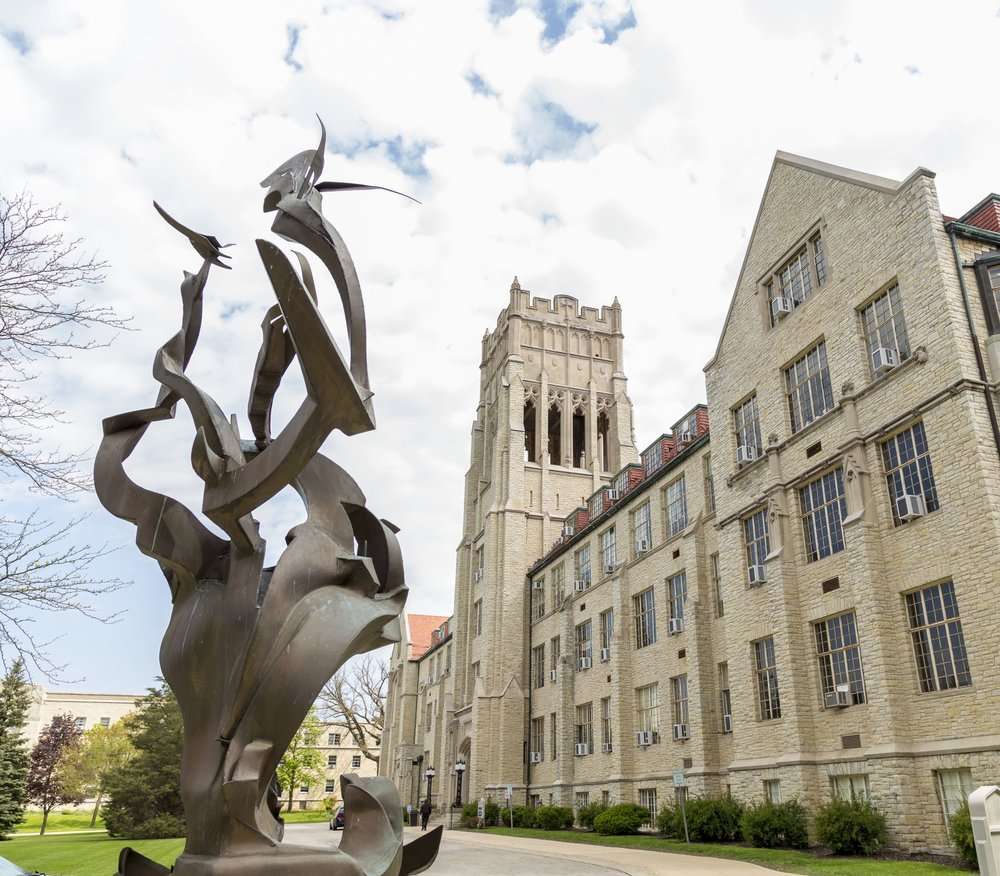 MOUNT MARY GRADUATES BOLD WOMEN10,497 alumnae74% of grads live in Wisconsin48% students identify as having diverse backgrounds20% of students study abroad12:1 students to faculty ratio -
