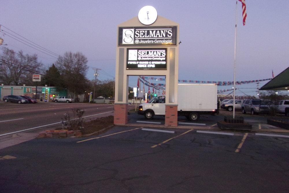 Selman's Jewelers_1311 Delaware Avenue_McComb, MS (11).JPG