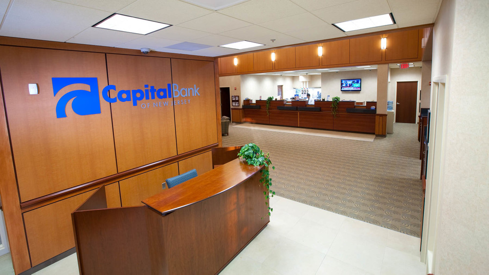Capital-2.jpg