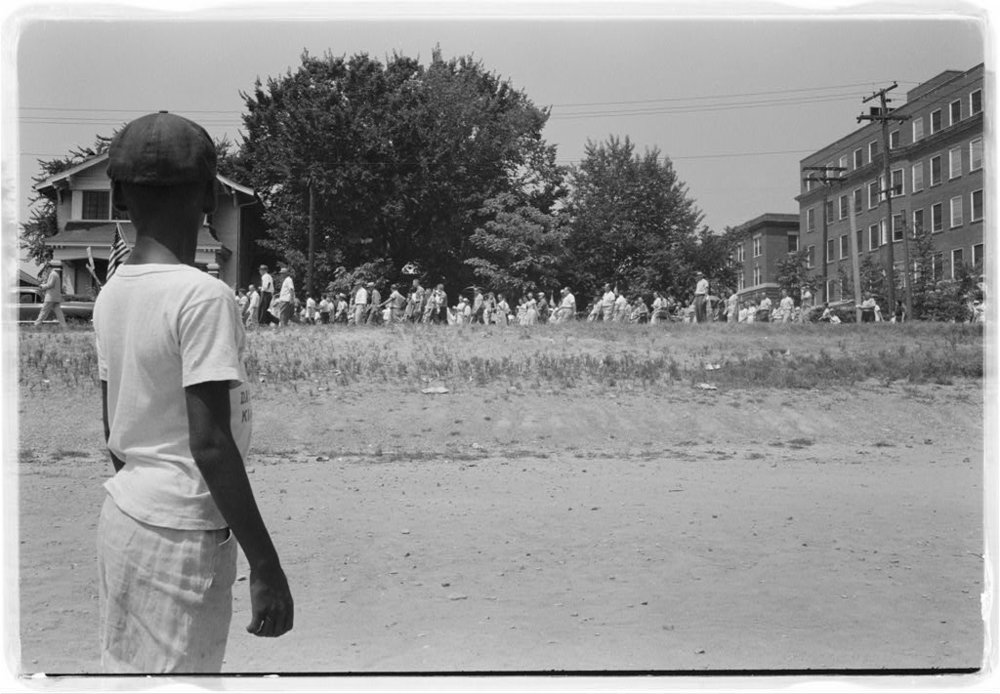 Mob marching from capitol to Central High on August 20, 1959.  Little Rock, Arkansas. Photo by John T. Bledsoe, from the Library of Congress.