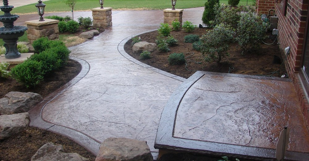 textured-walkway-brown-landscaping-j-h-decorative-concrete-llc_56064.jpg