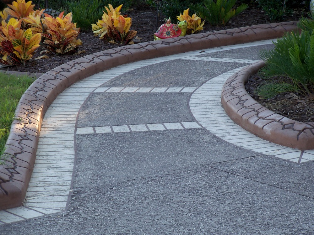 Concrete-Walkway-Custom-Patterns-VA.jpg