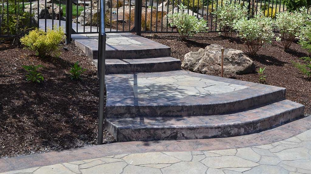 big_services_patios_and_hardscapes__0000s_0002_dsc_0165.jpg