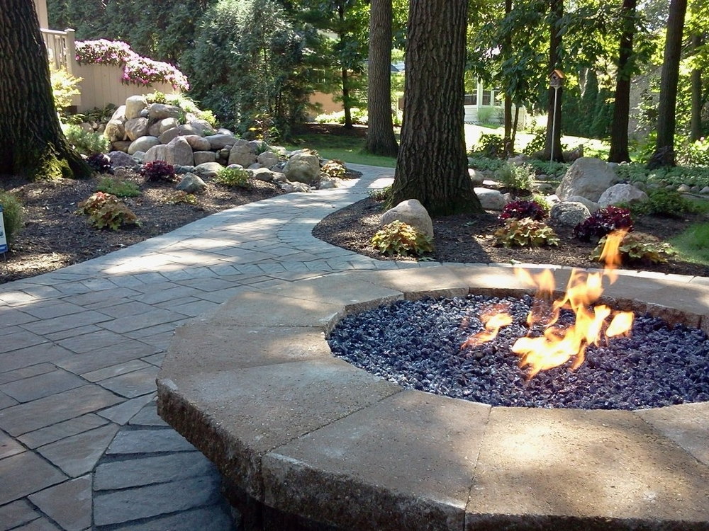 hardscape-with-fire-pit.jpg