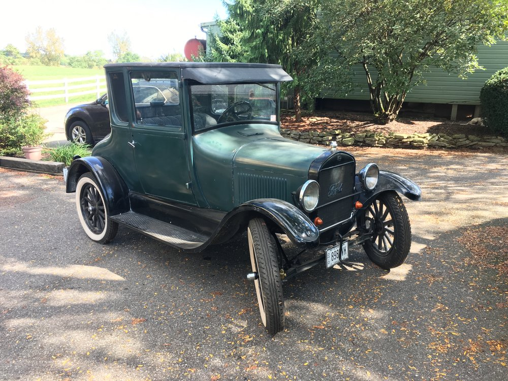 1923 Ford Model T 5 Window Coupe