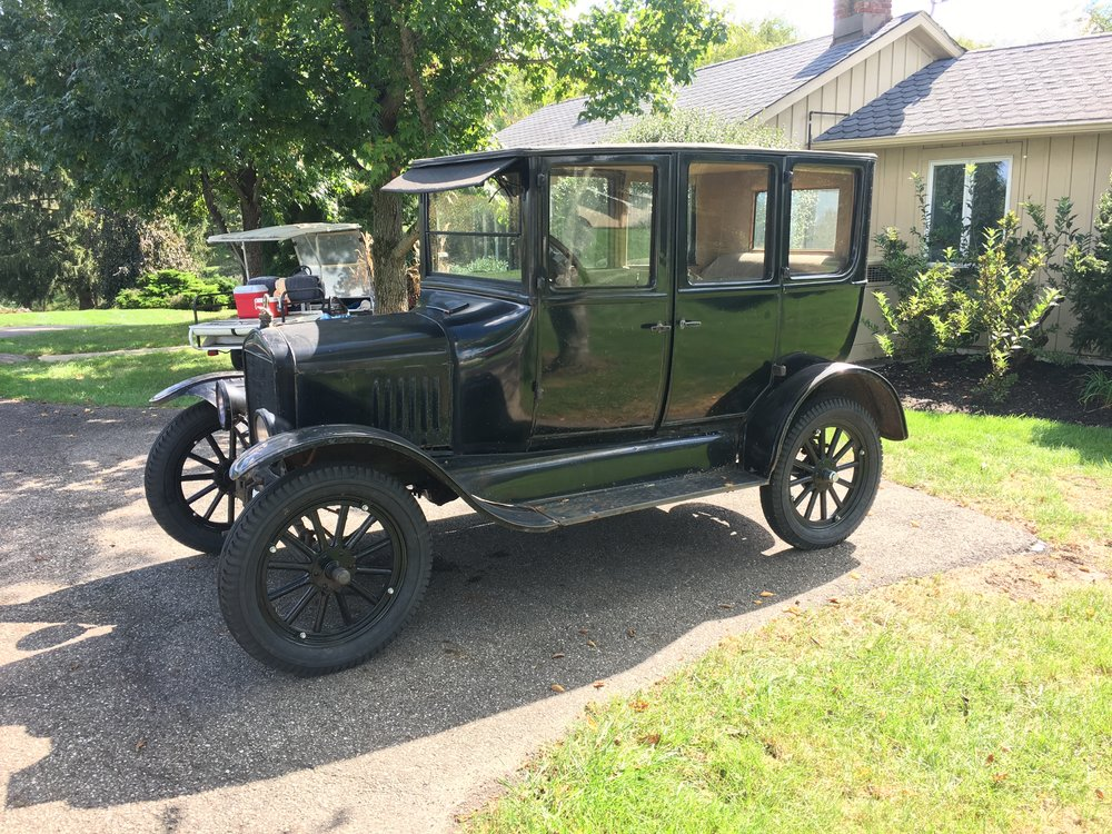 1925 Ford Model T 4 Door