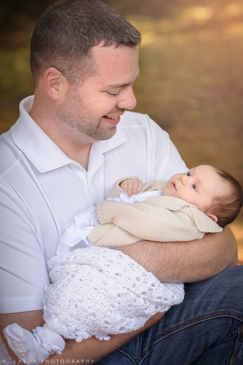 nlalor-photography-2-month-old-baby-family-session-connecticut-3.jpg