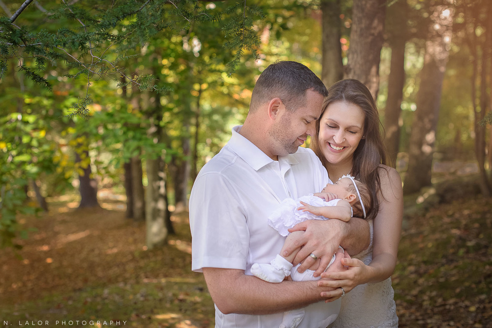 nlalor-photography-2-month-old-baby-family-session-connecticut-11.jpg