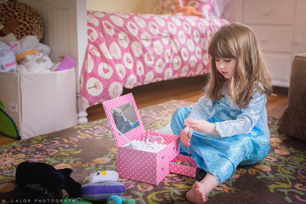 nlalor-photography-2015-daisy-being-elsa-stamford-ct-5.jpg