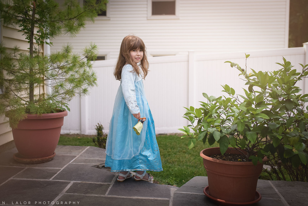 nlalor-photography-2015-daisy-being-elsa-stamford-ct-7.jpg