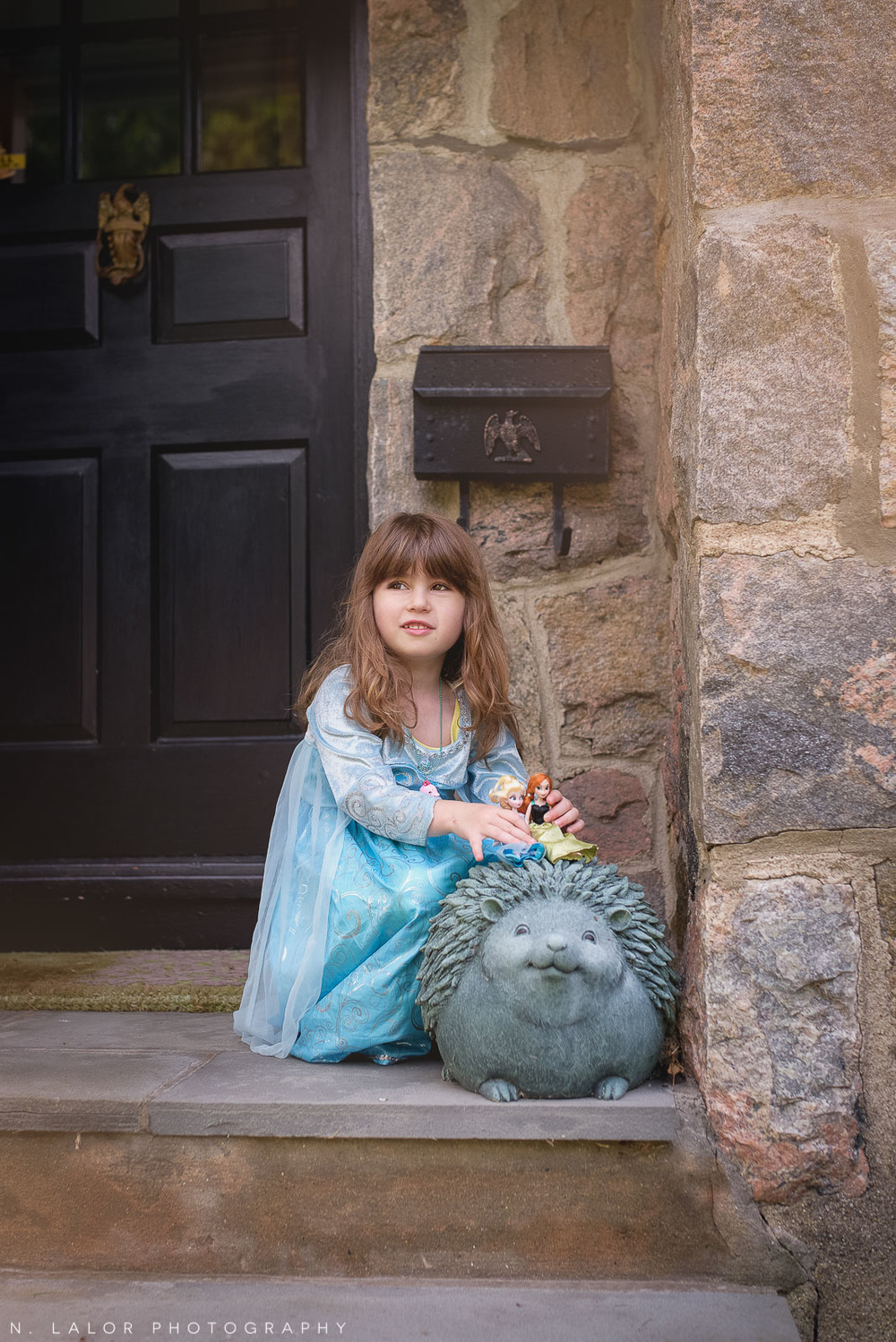 nlalor-photography-2015-daisy-being-elsa-stamford-ct-11.jpg