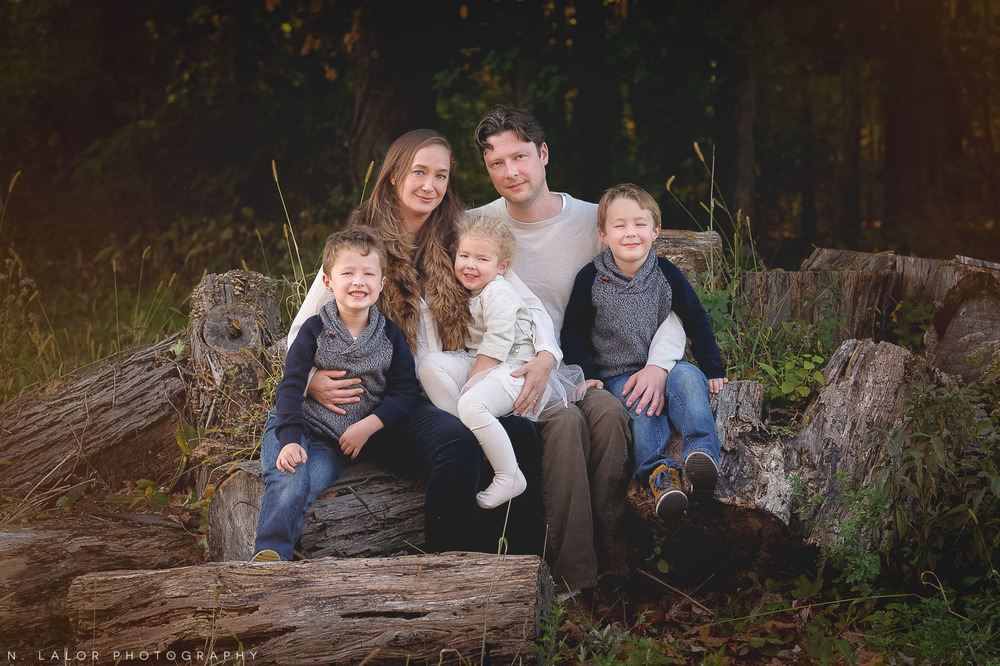 nlalor-photography-2014-styled-family-life-new-canaan-nature-center-fall-11.jpg