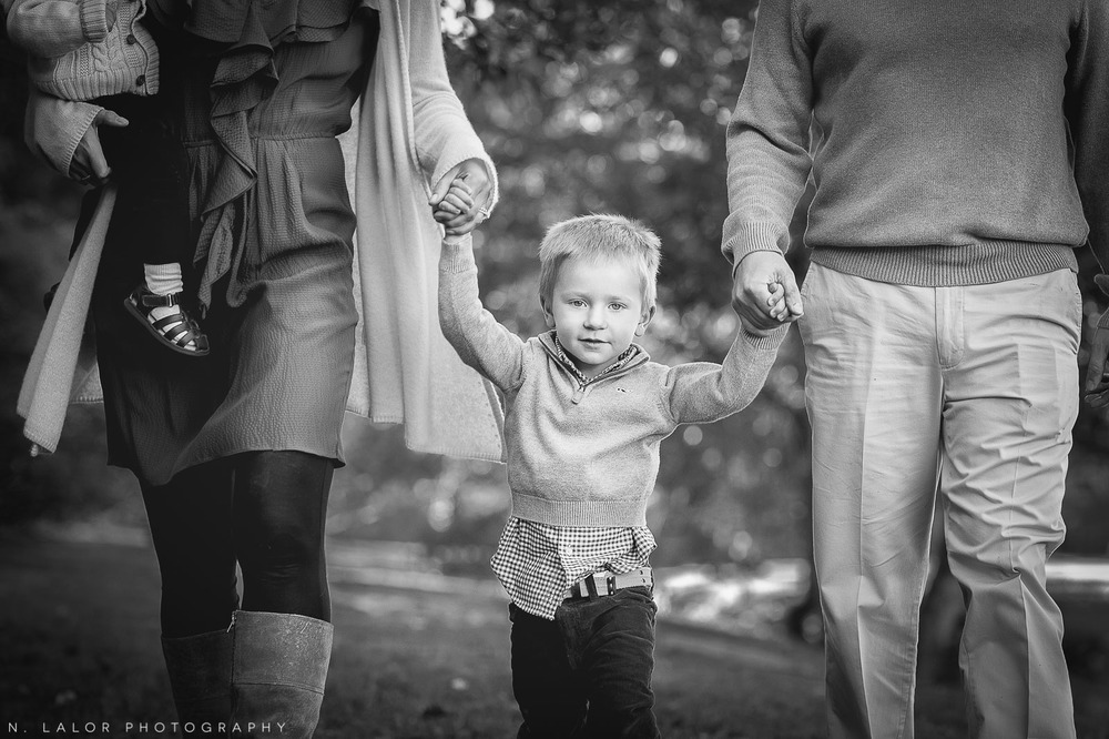 nlalor-photography-2014-styled-family-life-binney-park-old-greenwich-fall-12.jpg