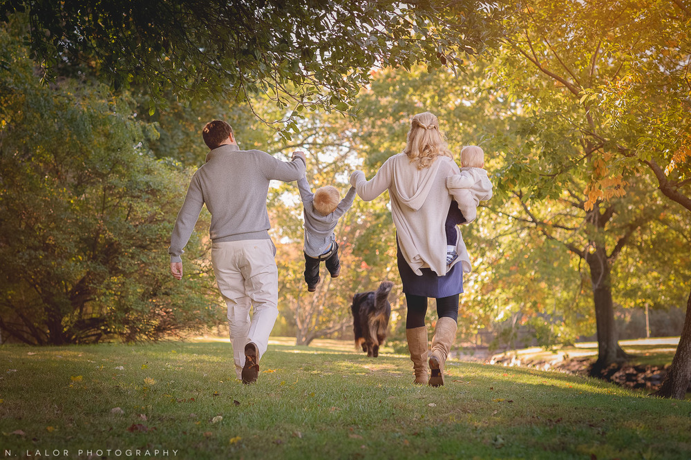 nlalor-photography-2014-styled-family-life-binney-park-old-greenwich-fall-11.jpg