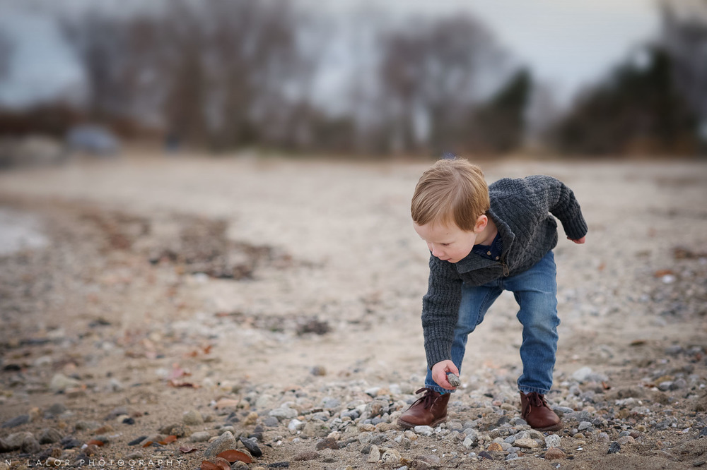 nlalor-photography-120613-styled-boy-winter-beach-session-old-greenwich-6.jpg