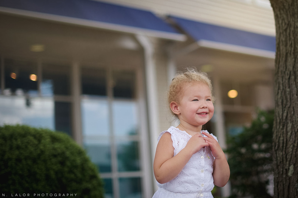 nlalor-photography-062515-walking-with-evie-main-avenue-westport-ct-5.jpg