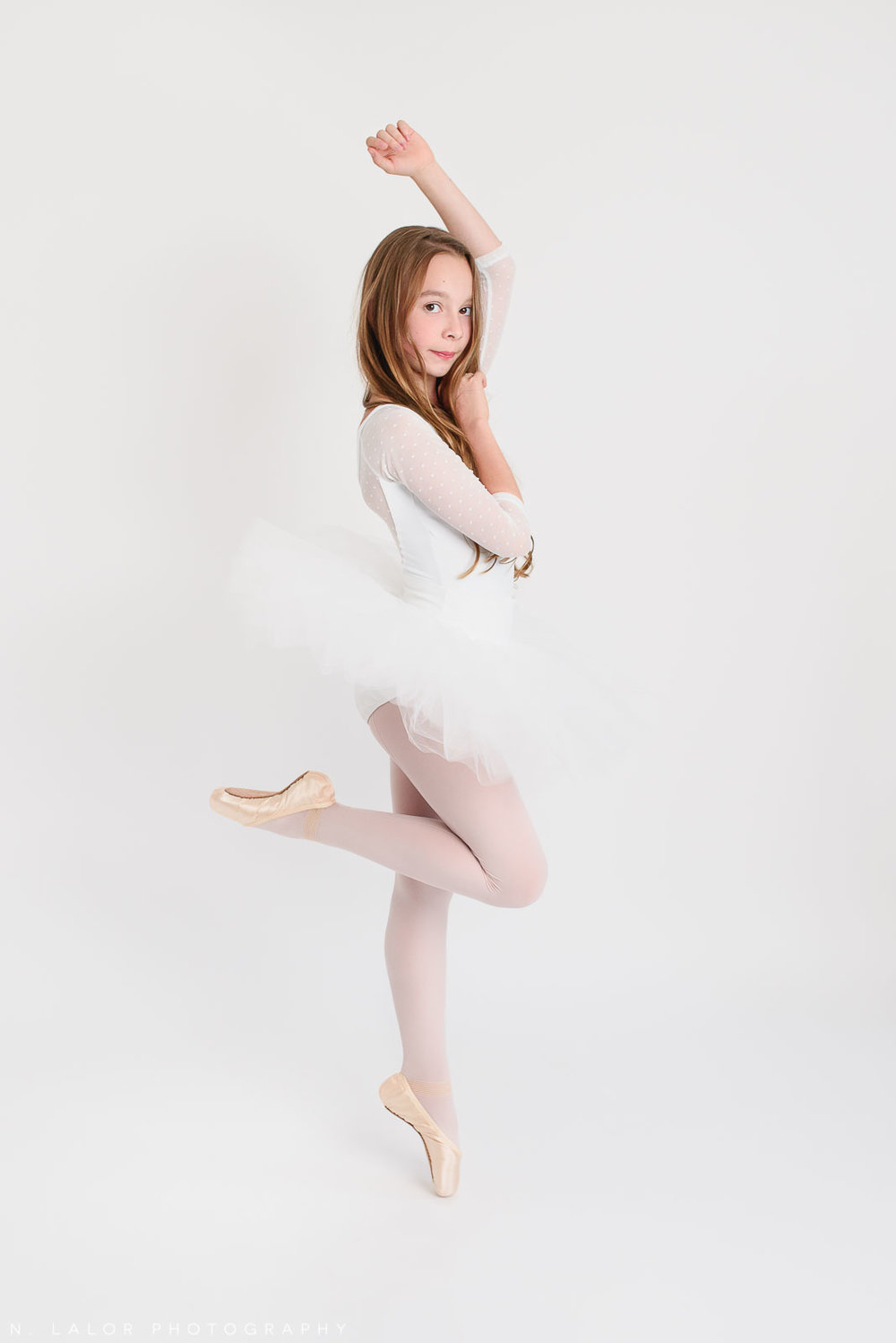 On pointe. Tween ballerina photoshoot with N. Lalor Photography. Greenwich, Connecticut.