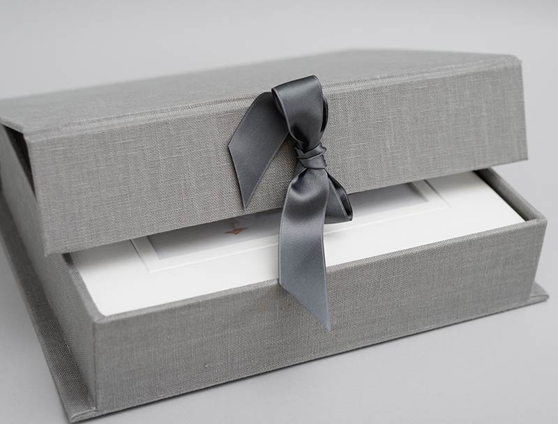 Create a photographic legacy for your baby. A beautiful handmade presentation box will keep your images safe for generations.