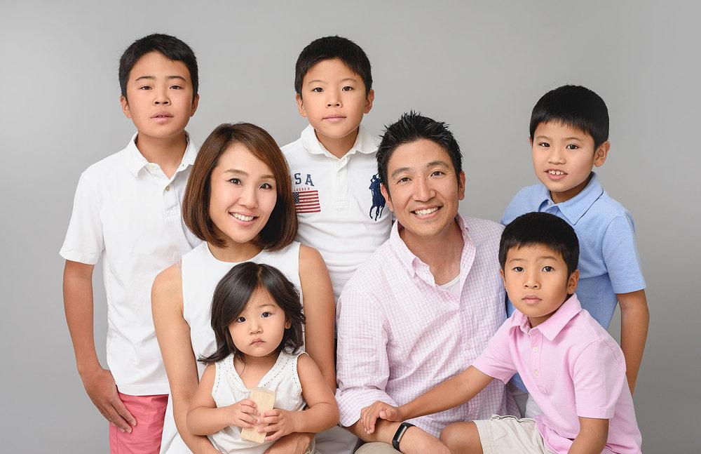 large-family-photographer-greenwich-ct-studio.jpg