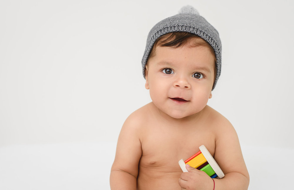baby-natural-photography-greenwich-ct-clean-simple-portraits.jpg