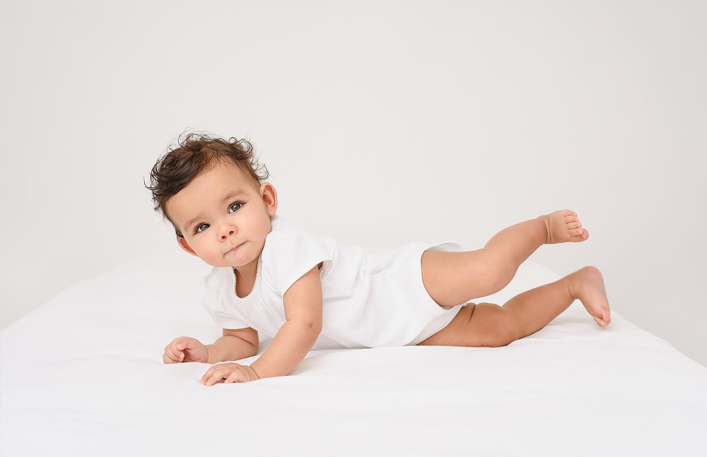 nlalor-photography-studio-gallery-siena-baby-milestone-session.jpg