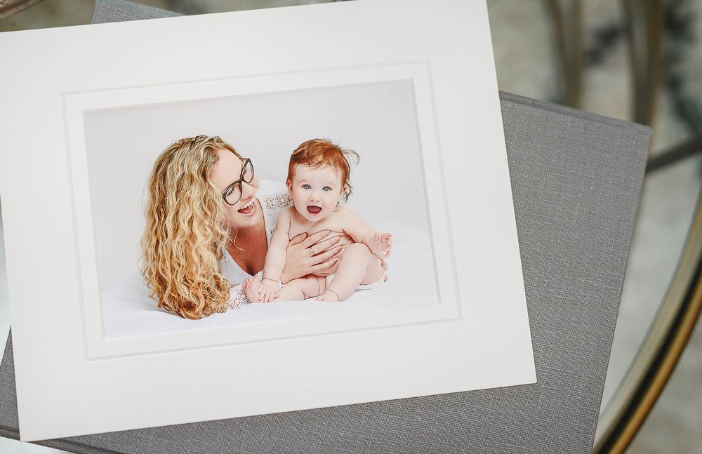 nlalor-photography-studio-gallery-mom-with-baby-fine-art-print.jpg