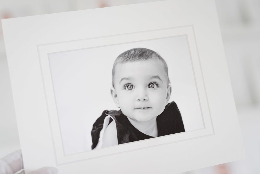 nlalor-photography-2018-08-milestone-session-baby-museum-prints-11.jpg
