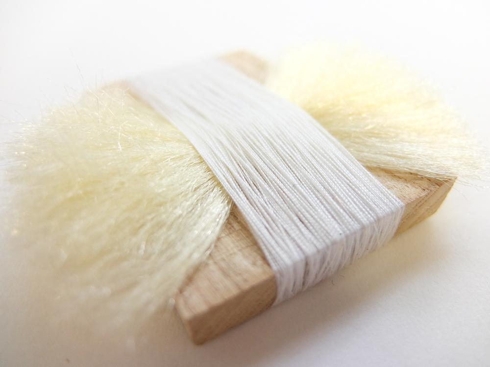 oak, cottonand synthetic hair.