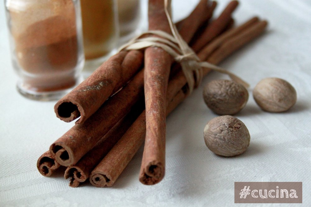 """Whole cinnamon & nutmeg. The main flavors in """"pumpkin spice"""" and delicious warming autumn spices."""